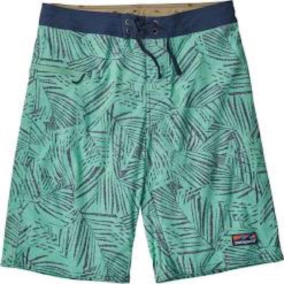 d5d3e11e43c97 Patagonia Swim   Hp Stretch Wavefarer Boardshorts 21   Poshmark